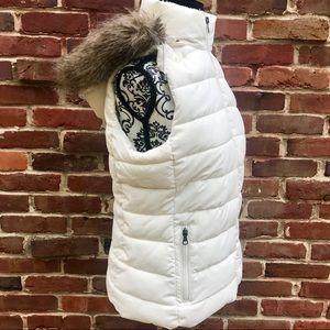 BANANA REPUBLIC Creme Puffer Vest W/ Fur Hood